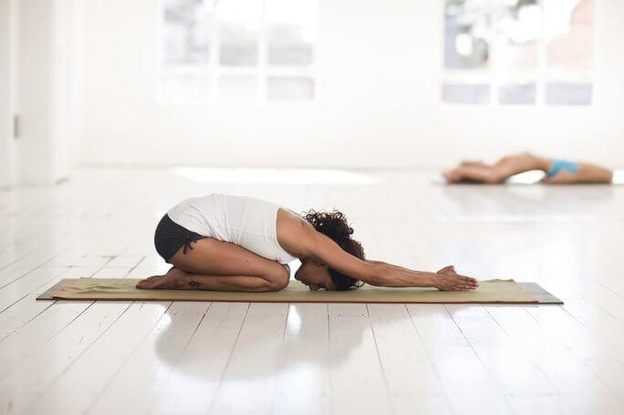 yoga tonique pour corps et efficace pour l'esprit