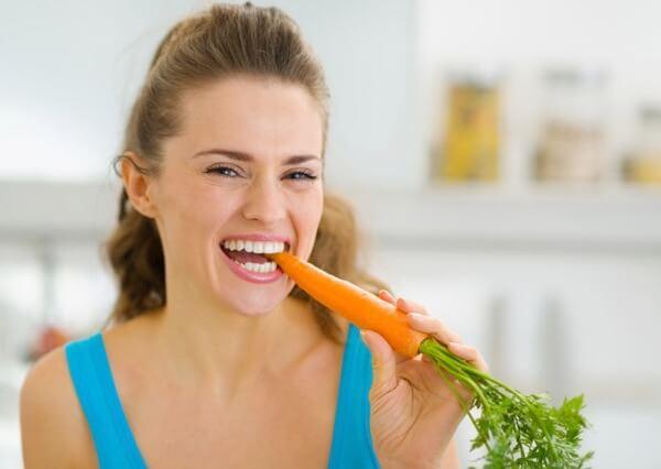 manger carottes crues