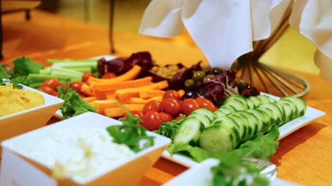 Adoptez une alimentation saine et faible en calories